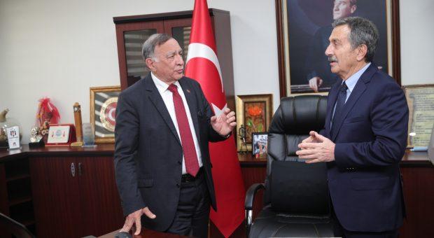 Eskişehir'den Akay'a ziyaret