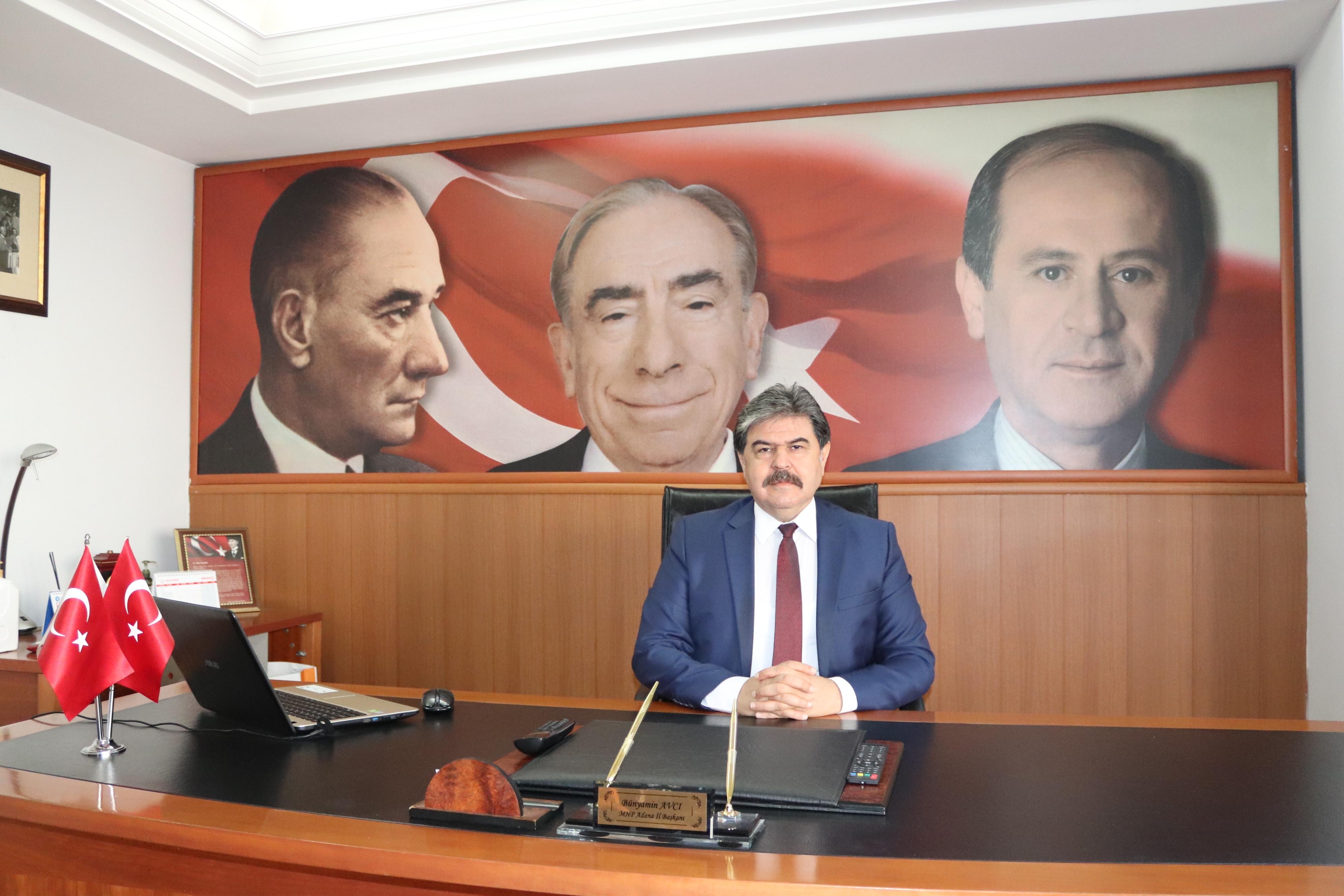 """""""Türkiye Cumhuriyeti ilelebet var olacak!"""""""